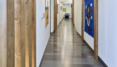Wolski Nuna Logistics Reception Hallway 67312 Cropped Web